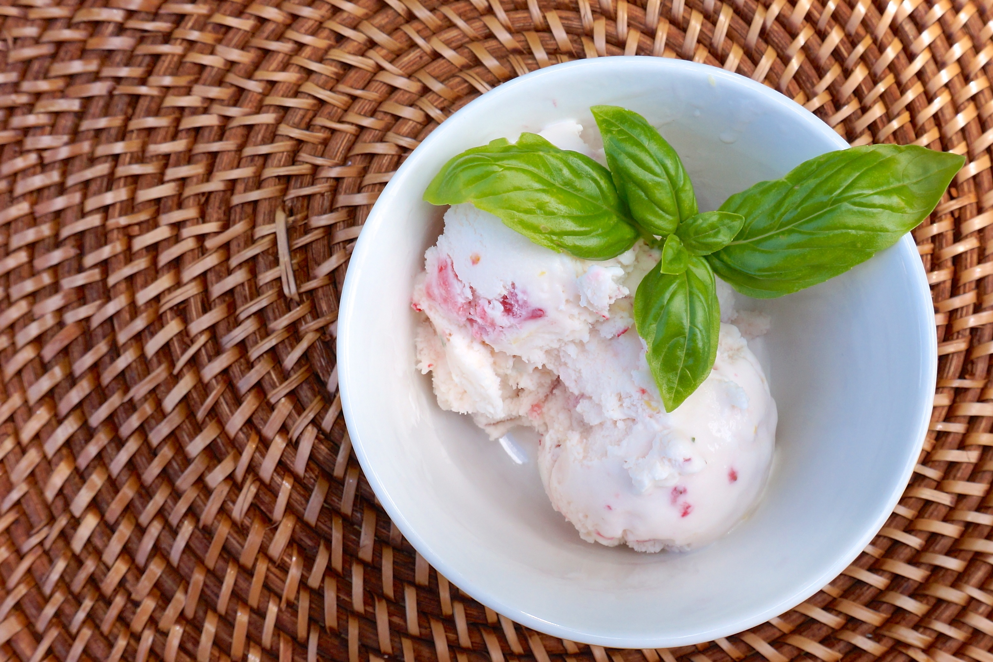 Strawberry Basil Ice Cream – p.s. bonjour